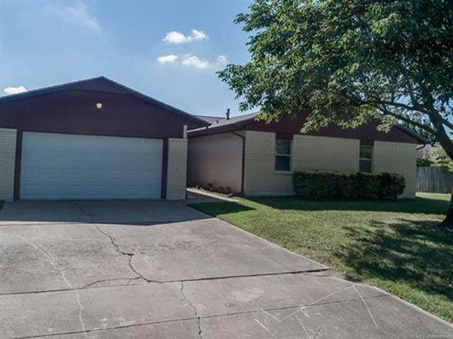 11615 N 104th East Avenue, Collinsville, OK 74021 (MLS #2026223) :: Active Real Estate