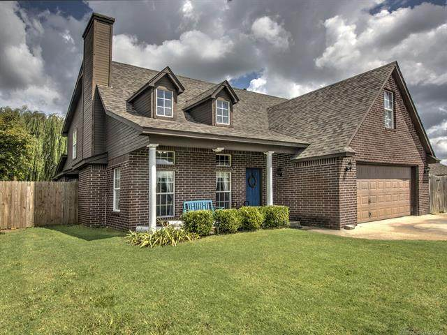 1501 W 117th Street, Jenks, OK 74037 (MLS #2031307) :: Hopper Group at RE/MAX Results