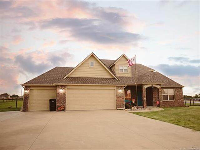 4917 Breeze Drive, Oologah, OK 74053 (MLS #2031391) :: Hopper Group at RE/MAX Results