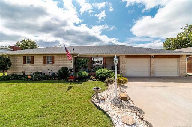 421 E Woods Lane, Claremore, OK 74017 (MLS #2033675) :: Active Real Estate