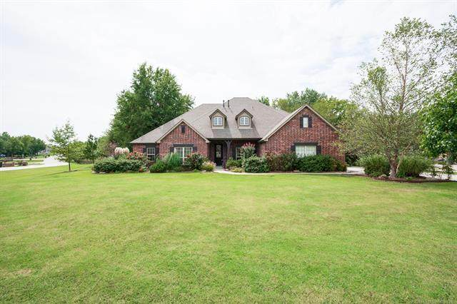 15054 N 148th East Avenue, Collinsville, OK 74021 (MLS #2033861) :: Hopper Group at RE/MAX Results