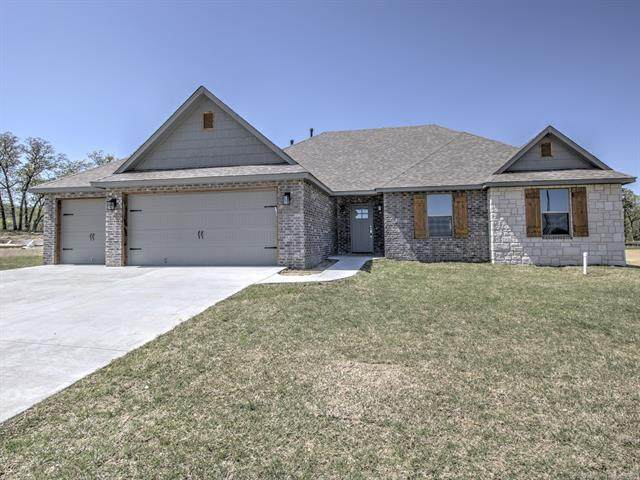3056 Hilltop Drive, Catoosa, OK 74015 (MLS #2035540) :: Hopper Group at RE/MAX Results