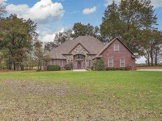 21 Cypress Circle, Pryor, OK 74361 (MLS #2038453) :: 918HomeTeam - KW Realty Preferred