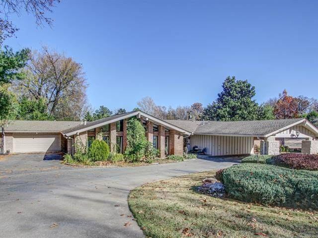 1845 Forest Boulevard, Tulsa, OK 74114 (MLS #2041219) :: RE/MAX T-town