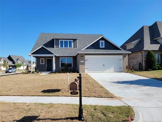 209 W 129th Street S, Jenks, OK 74037 (MLS #2041863) :: Owasso Homes and Lifestyle