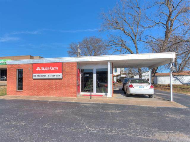 409 E 8th Street, Okmulgee, OK 74447 (MLS #2043200) :: Hopper Group at RE/MAX Results
