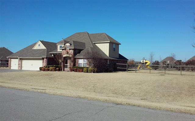 5927 E 138th Street N, Collinsville, OK 74021 (MLS #2044313) :: Hopper Group at RE/MAX Results
