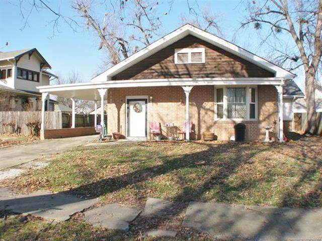 313 W Cleveland Avenue, Sapulpa, OK 74066 (MLS #2044709) :: RE/MAX T-town