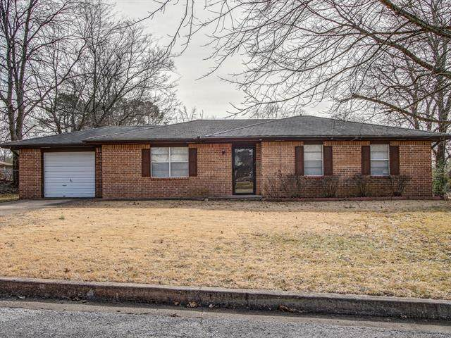 404 E Ross Street, Tahlequah, OK 74352 (#2101831) :: Homes By Lainie Real Estate Group