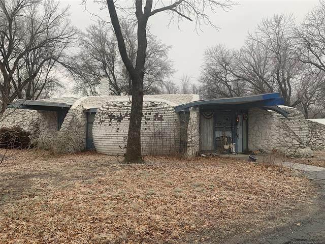 1627 Lindley Lane, Pryor, OK 74361 (MLS #2103683) :: 580 Realty