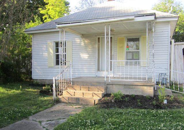 1216 Dorchester Avenue, Muskogee, OK 74403 (MLS #2104855) :: Owasso Homes and Lifestyle