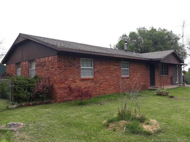 414 W Stan Waite, Oaks, OK 74359 (MLS #2116931) :: 918HomeTeam - KW Realty Preferred