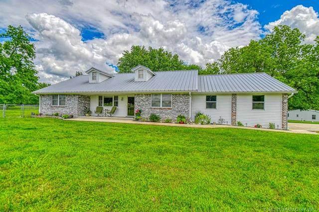 1853 Cedar Blue Road, Sulphur, OK 73086 (MLS #2116988) :: 580 Realty