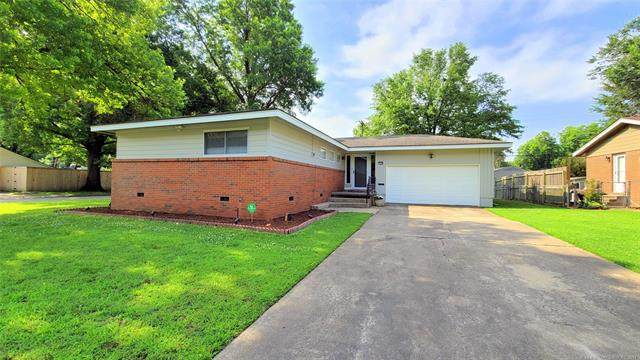 1598 E 59th Place, Tulsa, OK 74105 (MLS #2118270) :: Hopper Group at RE/MAX Results
