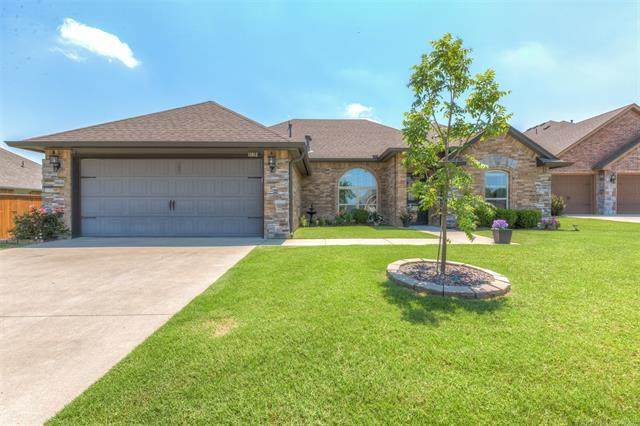 11013 Augusta Drive, Jenks, OK 74037 (MLS #2118713) :: Hopper Group at RE/MAX Results