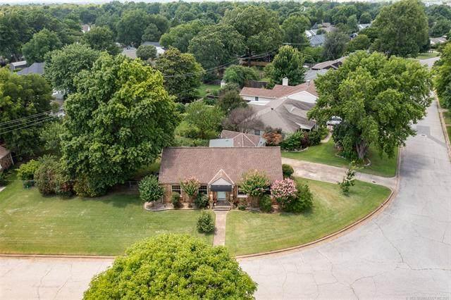 2402 S Gary Place, Tulsa, OK 74114 (MLS #2121433) :: Active Real Estate
