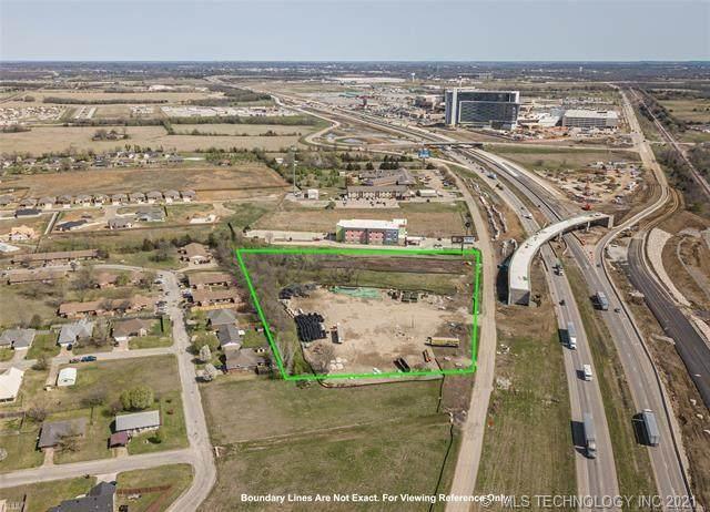 1007 N Service Road, Calera, OK 74730 (MLS #2126773) :: Active Real Estate