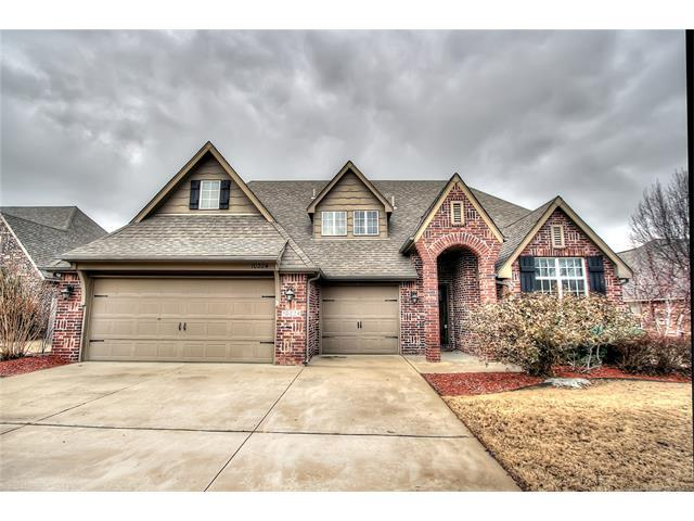10224 N 140th East Avenue, Owasso, OK 74055 (MLS #1800568) :: Hopper Group at RE/MAX Results