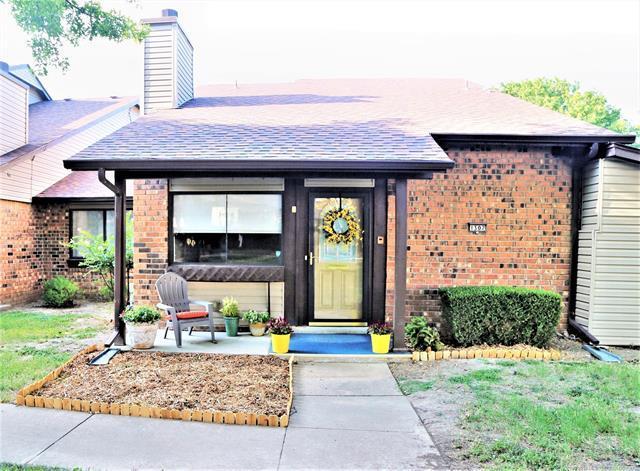 1307 S 110th East Avenue 50-4D, Tulsa, OK 74128 (MLS #1823560) :: American Home Team
