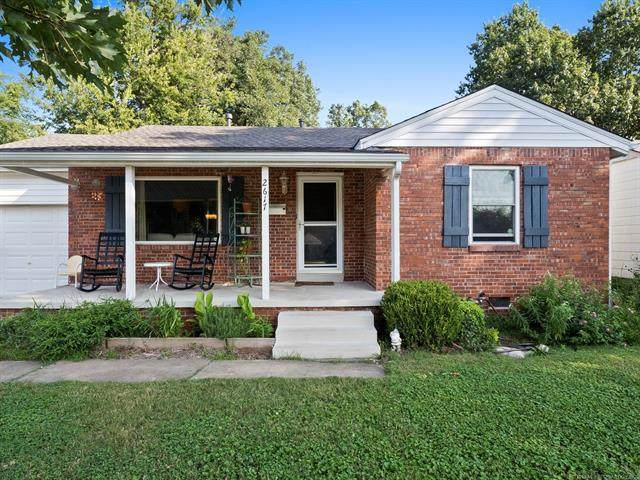 2617 E 2nd Street, Tulsa, OK 74104 (MLS #2029052) :: Hopper Group at RE/MAX Results