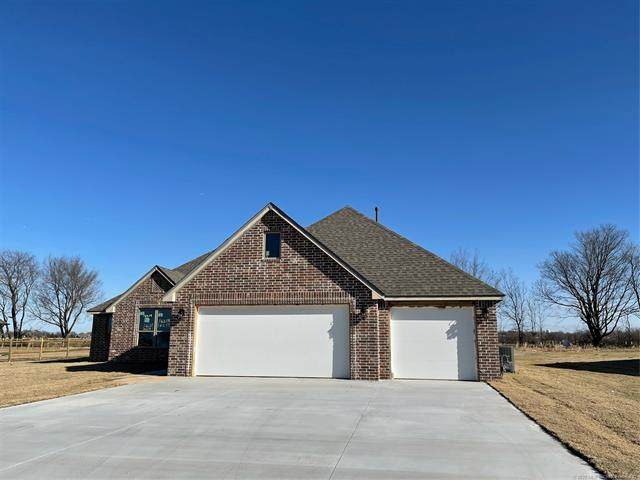 14219 N 72nd Avenue E, Collinsville, OK 74021 (MLS #2034620) :: 580 Realty