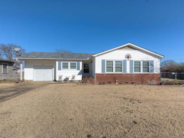 1613 College Lane, Okmulgee, OK 74447 (MLS #2101581) :: Hopper Group at RE/MAX Results