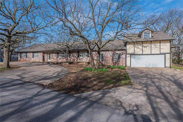 69 S Vermeer Avenue, Sand Springs, OK 74063 (MLS #2105849) :: Active Real Estate
