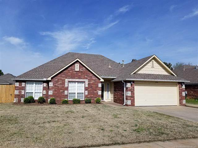 12104 N 111th East Avenue, Collinsville, OK 74021 (MLS #2111139) :: 580 Realty
