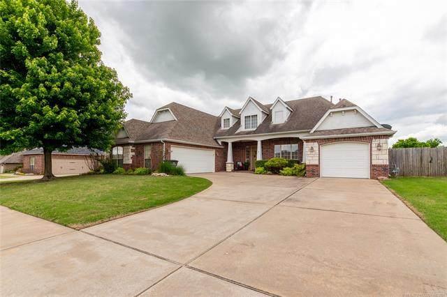 5901 Woodland Road, Bartlesville, OK 74006 (MLS #2113257) :: Active Real Estate