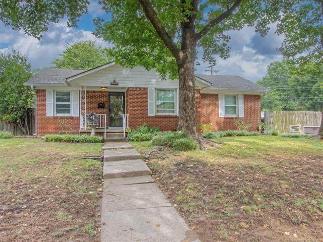 1545 E 55th Street, Tulsa, OK 74105 (MLS #2133942) :: Active Real Estate