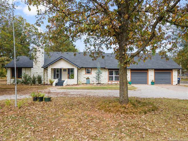 18651 E 106th Street North, Owasso, OK 74055 (MLS #2134406) :: Hopper Group at RE/MAX Results