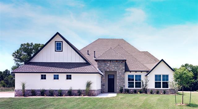 8204 N 149th East Avenue, Owasso, OK 74055 (MLS #1923318) :: Hopper Group at RE/MAX Results