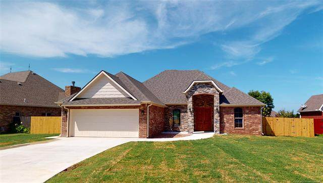 822 Magnolia Drive, Ada, OK 74820 (MLS #2011635) :: Active Real Estate