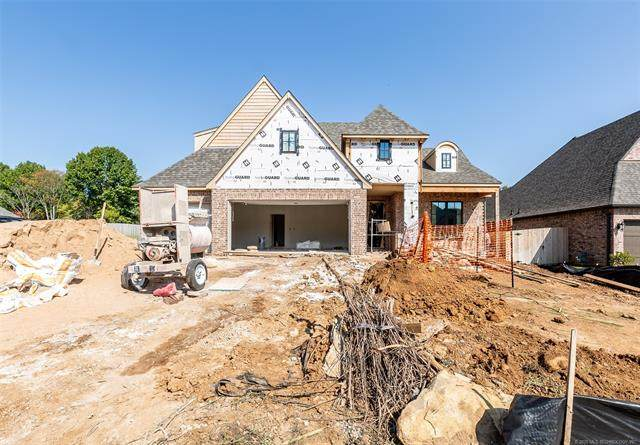 2220 W Charlotte Street, Broken Arrow, OK 74011 (MLS #2014404) :: Hometown Home & Ranch
