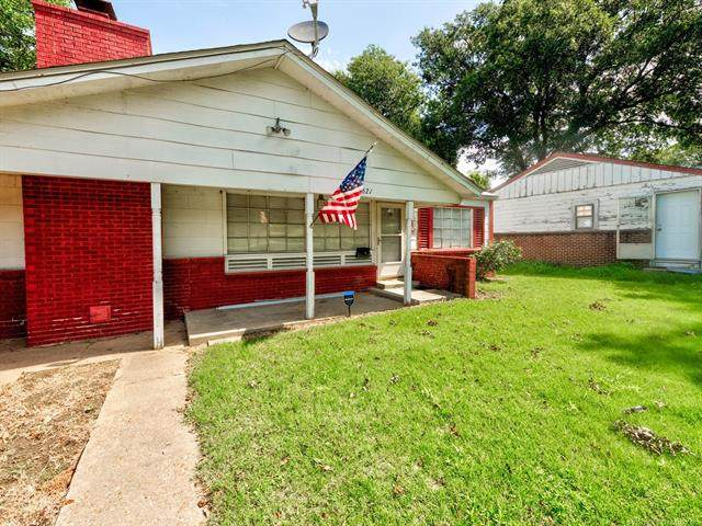 1621 E 9th Street, Okmulgee, OK 74447 (MLS #2025106) :: RE/MAX T-town