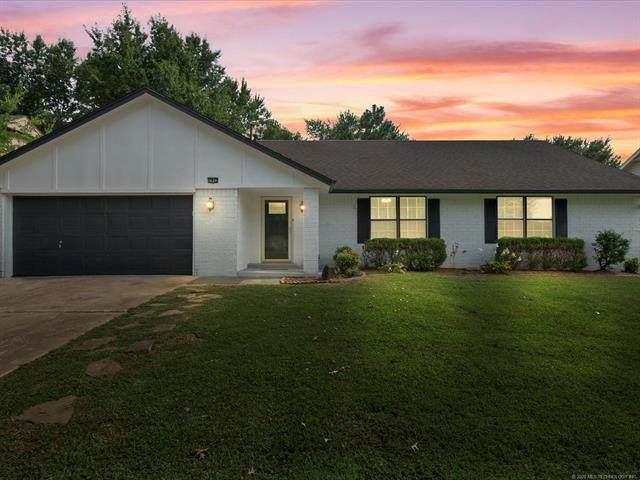7912 E 77th Street, Tulsa, OK 74133 (MLS #2030245) :: Hopper Group at RE/MAX Results