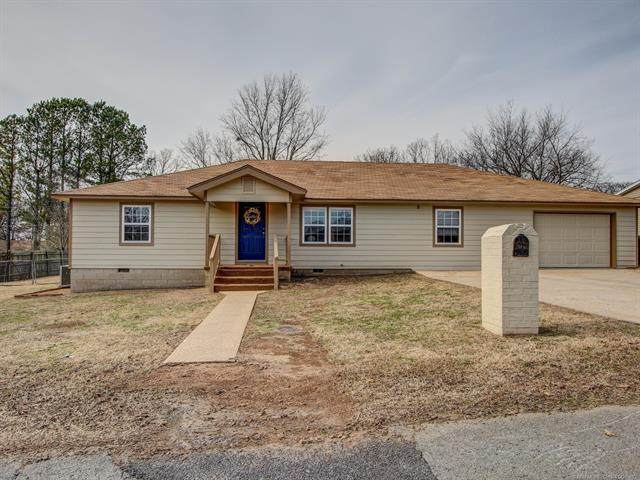 516 Garden Road, Tahlequah, OK 74464 (#2100752) :: Homes By Lainie Real Estate Group