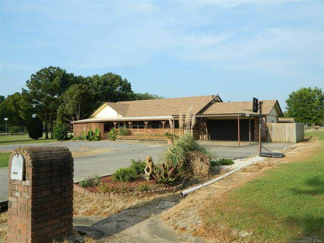 13315 N 155th East Avenue, Collinsville, OK 74021 (MLS #2130985) :: Owasso Homes and Lifestyle