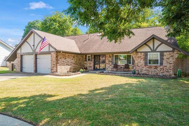 6616 E 54th Street, Tulsa, OK 74145 (#2131875) :: Homes By Lainie Real Estate Group