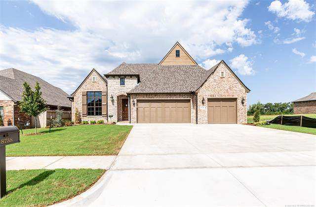 8738 S Phoenix Place W, Tulsa, OK 74132 (MLS #2013837) :: Hopper Group at RE/MAX Results