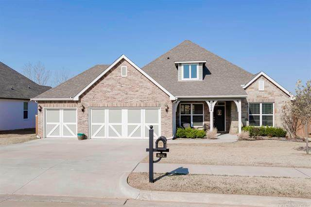 8004 S 13th Street, Broken Arrow, OK 74011 (MLS #2108739) :: Owasso Homes and Lifestyle