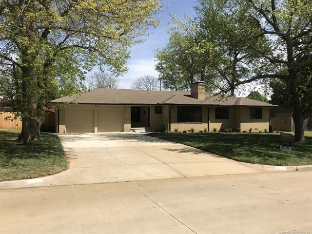 3415 S Gary Place, Tulsa, OK 74105 (MLS #1901918) :: Hopper Group at RE/MAX Results