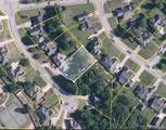 13807 Burks Parkway - Photo 1