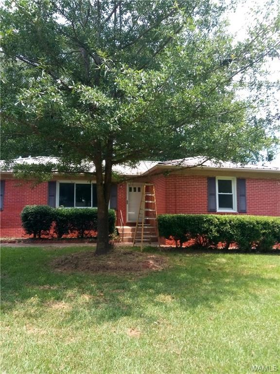 1301 South Cedar Ave, DEMOPOLIS, AL 36732 (MLS #134504) :: Wes York Team
