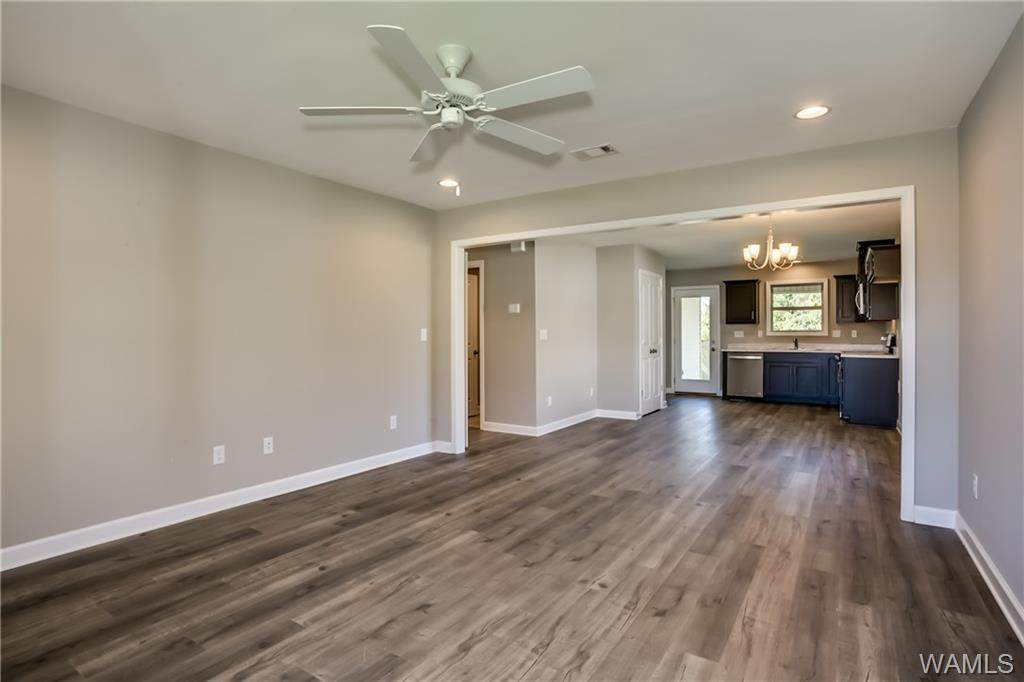 4402 Easthaven Circle - Photo 1