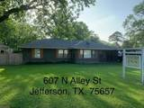 607 Alley St - Photo 1