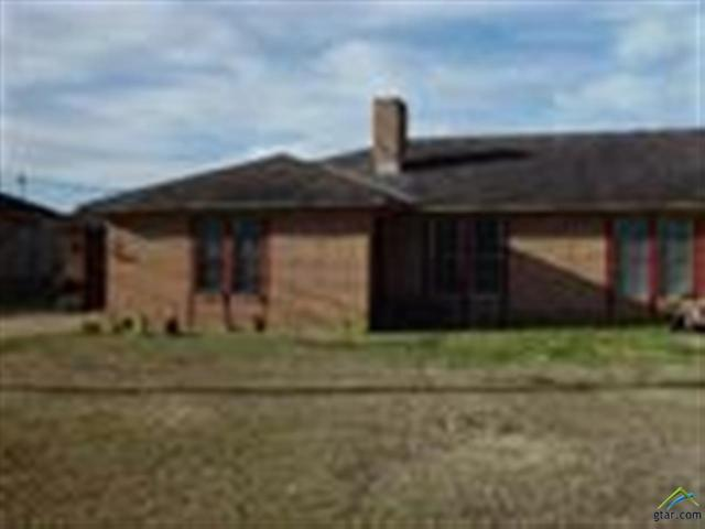 13627 Spur 364, Tyler, TX 75709 (MLS #10090977) :: The Wampler Wolf Team