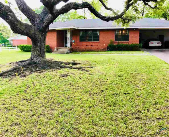 909 Circle Drive, Jacksonville, TX 75766 (MLS #10095315) :: RE/MAX Professionals - The Burks Team