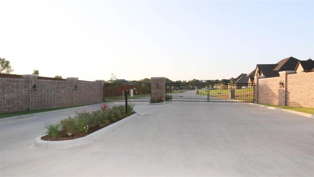 12212 Calcasieu Drive, Tyler, TX 75703 (MLS #10095786) :: RE/MAX Professionals - The Burks Team