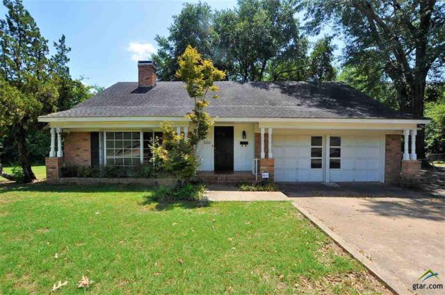 500 College Ave, Henderson, TX 75654 (MLS #10098912) :: RE/MAX Professionals - The Burks Team